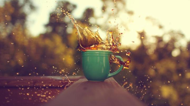 sabes-por-que-el-cafe-solo-se-derrama-mas-que-con-leche